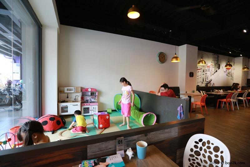 ▌台中親子餐廳 ▌如菓美式潮流餐飲Flambagel Cafe (17)
