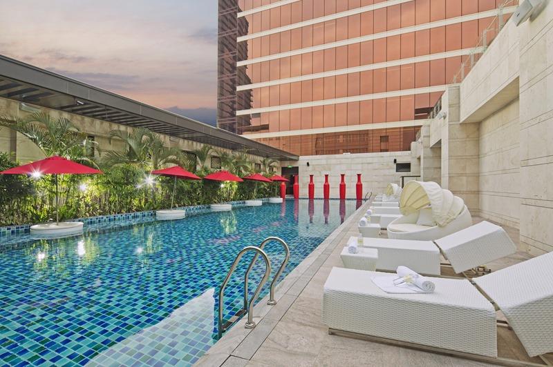 台中林酒店戶外溫水泳池公關宣傳照