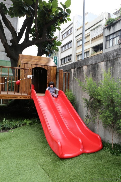 [台北親子餐廳]大樹先生的家親子空間,超大球池IMG_0049