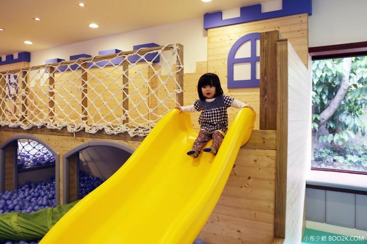 [台北親子餐廳]大樹先生的家親子空間,超大球池IMG_9995