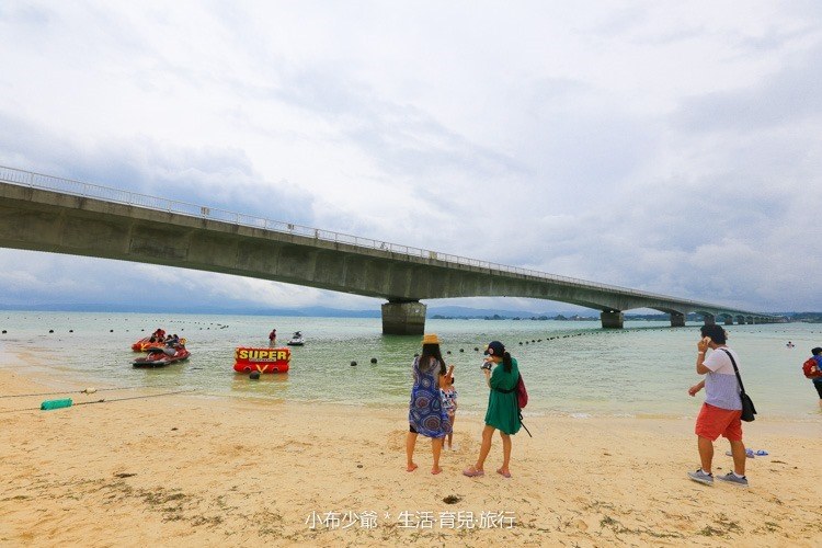 日本 沖繩 古利宇大橋 無料美景 沙灘玩水去-77
