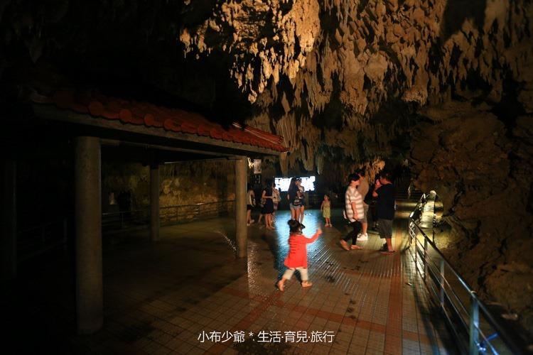 日本 沖繩 南部 玉泉洞鐘乳石洞裡的和嘆咖啡-13