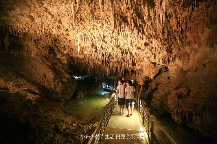 日本 沖繩 南部 玉泉洞鐘乳石洞裡的和嘆咖啡-22